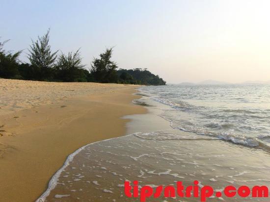 wisata-pantai-kura-kura-beach.jpg
